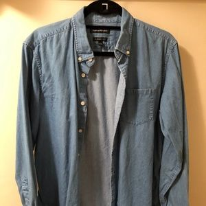 Banana Republic Light Blue Chambray Shirt